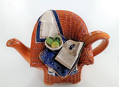 Royal Doulton Real Old Willow Cardew Design Wicker Chair Teapot