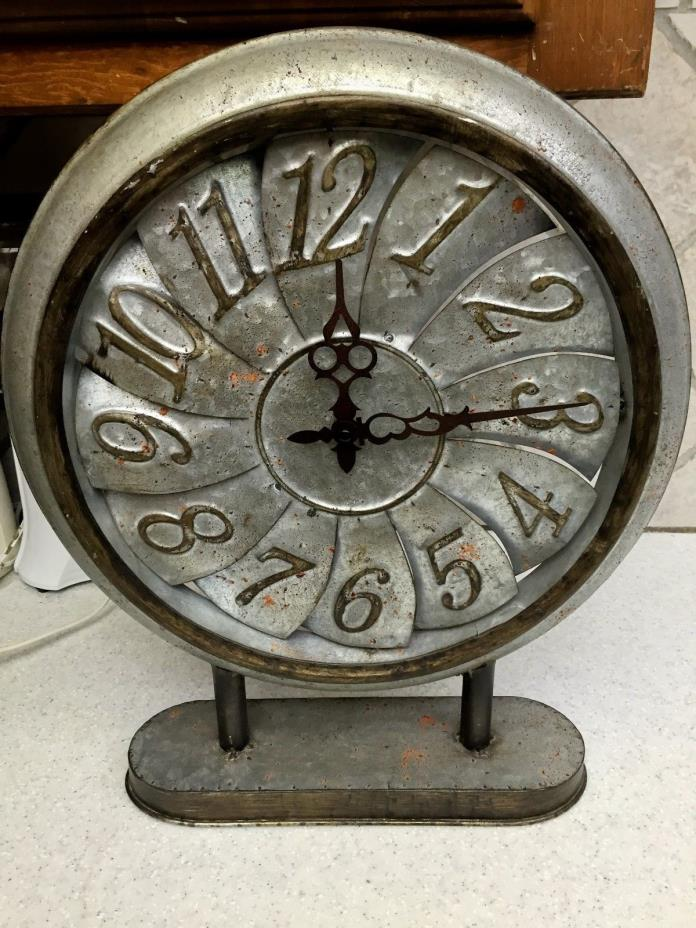Pinwheel Mantel Clock Metal Rustic Country Farmhouse  Decor Old Fashion Look