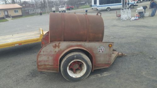VINTAGE TOW TRUCK BED WITH 500 GALLON FUEL TANK