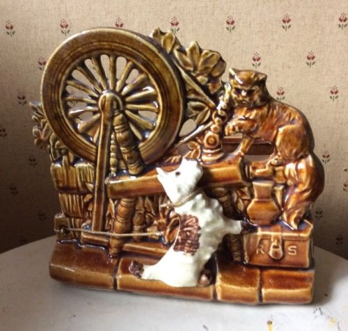 McCoy Pottery Spinning Wheel Planter 7