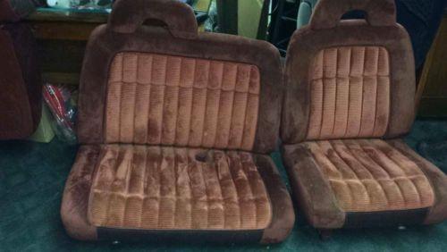 CHEVY PICK UP SUBURBAN 60/40 SPLIT BENCH SEAT RED BURGUNDY
