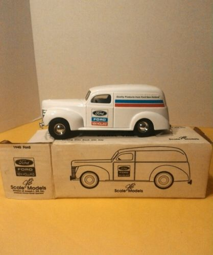 Ertl 1940 Ford Panel Van, diecast bank,