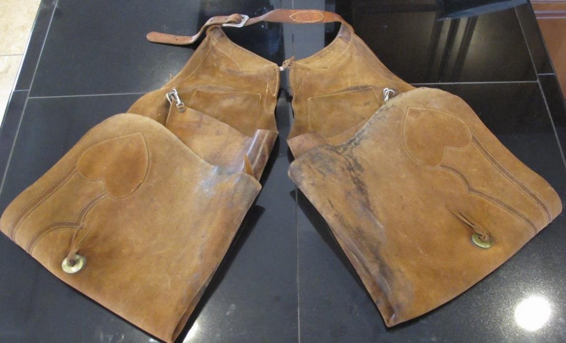 1920's VINTAGE CHAPS Beautiful Antique Old West Leather Batwing W/ HEARTS PREWAR
