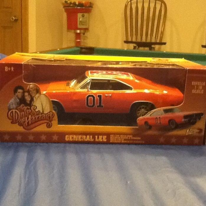Dukes of Hazzard General Lee1969 Dodge Charger 1:18 Scale Die-Cast Metal Vehicle