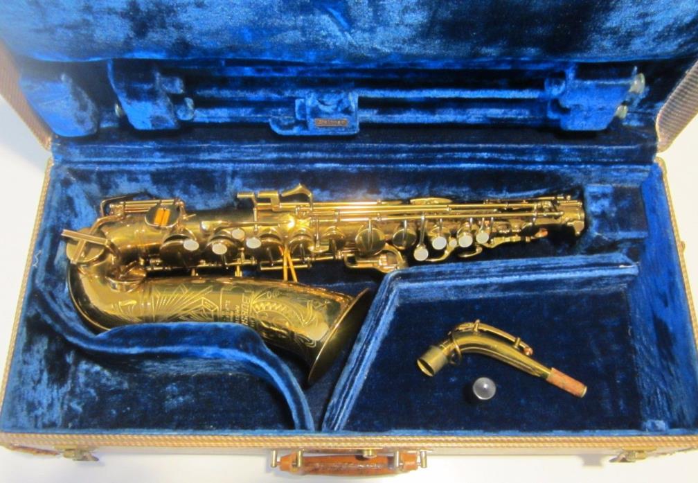 Buescher Aristocrat Big B Alto Sax. Original lacquer/pads/Springs Exceptional!!!