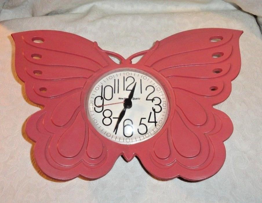 VINTAGE PINK PLASTIC NEW HAVEN QUARTZ BUTTERFLY WALL CLOCK - WORKING