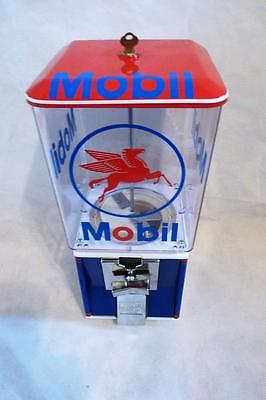 Mobil gas vintage gumball machine candy machine 25 cent coin op