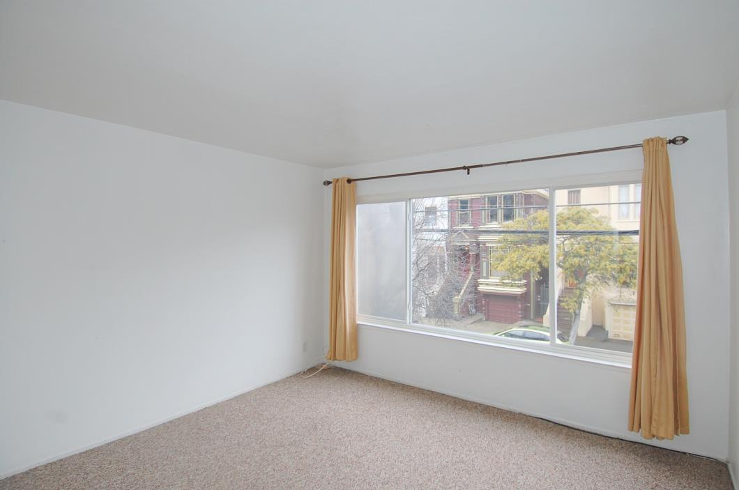 1 private bedroom in Three BR shared apartment