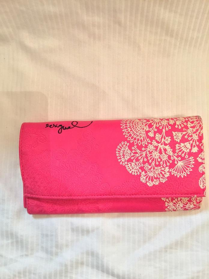 Desigual Pink White Snap Close Women's Clutch Wallet EUC Embroidered Flowers