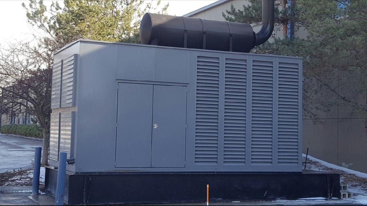 Caterpillar 1360 kW prime (+10%) diesel generator. Cat 3512B - CSDG Stock # 2048
