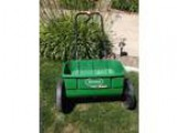 Scotts Fertilizer Spreader - Price .