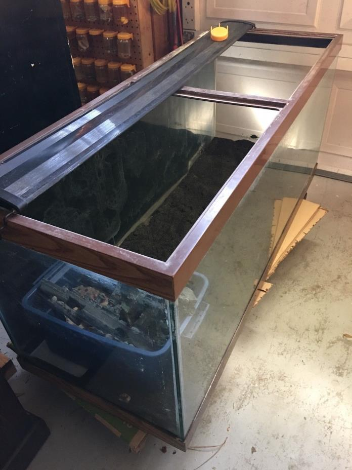 75 gallon fish Tank with stand 48