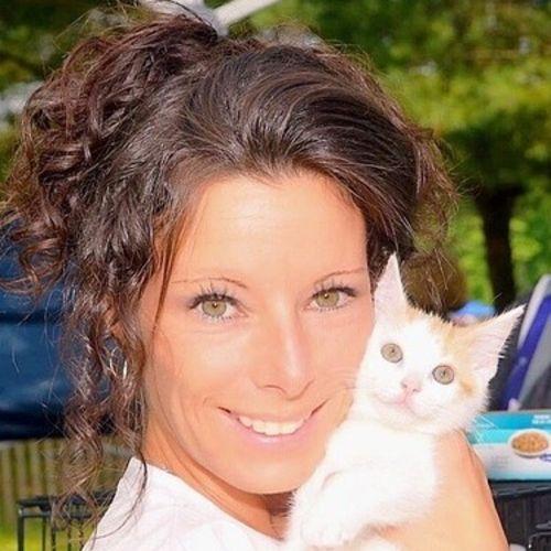 Experienced loving animal caretaker