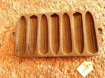 antique mini cast iron corn bread sampler
