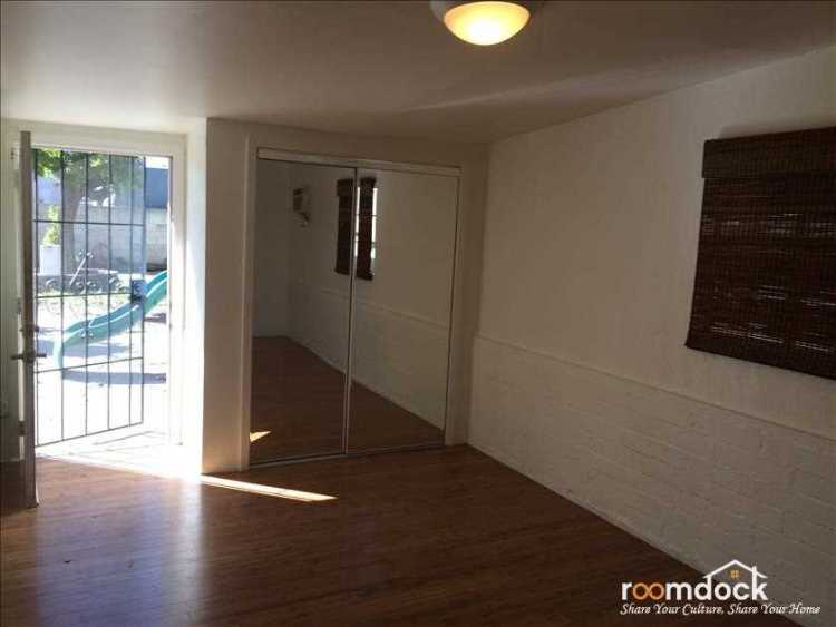 North Hollywood Single Room for Rent
