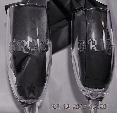 Wedding Set Bride and Groom Champagne Flutes
