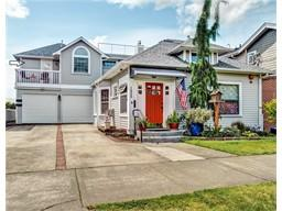 Million dollar unobstructed 180° view of Sound, Port of Everett!