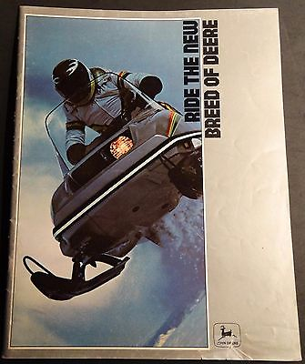 VINTAGE 1979 JOHN DEERE SNOWMOBILE & CLOTHING SALES BROCHURE  28 PAGES   (791)