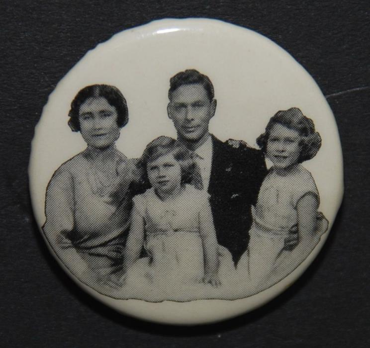 Vintage KING GEORGE VI + Royal Family Coronation CANADA Pinback Button Pin 1937