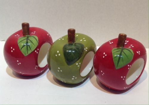 ceramic apple napkin rings