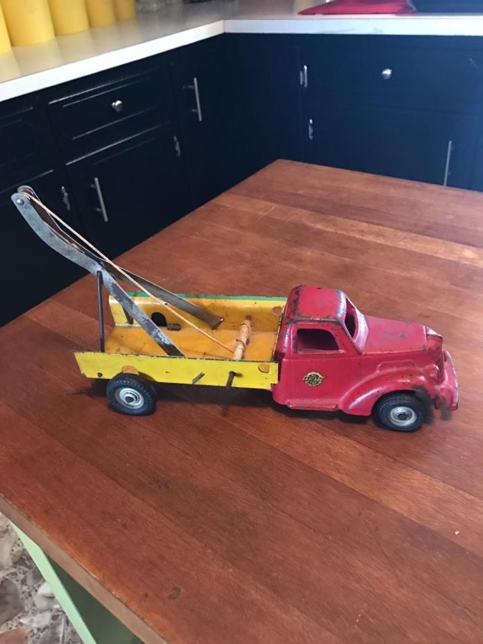 1940's Arcade Toys Tow Truck