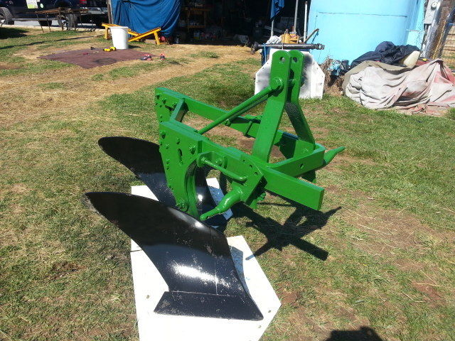 John Deere 412  2 Bottom Plow