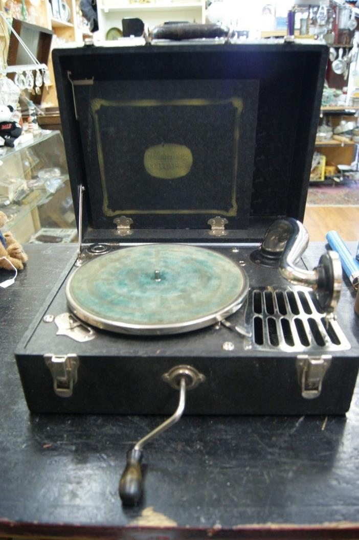 Antique silvertone portable phonograph crank record player