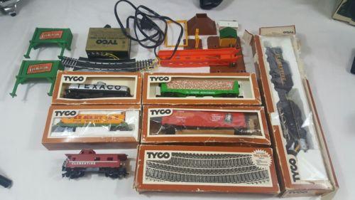 Tyco Train Set Cars Tracks Vintage Misc