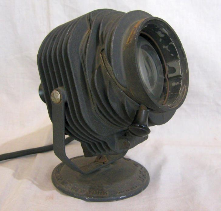 Antique Fink-Roselieve Theater Spot Light~Housing & Interior Great Needs Nw Cord