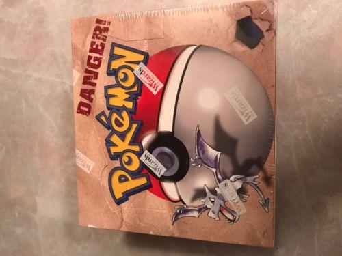 Pokémon Base Set Fossil Booster Box