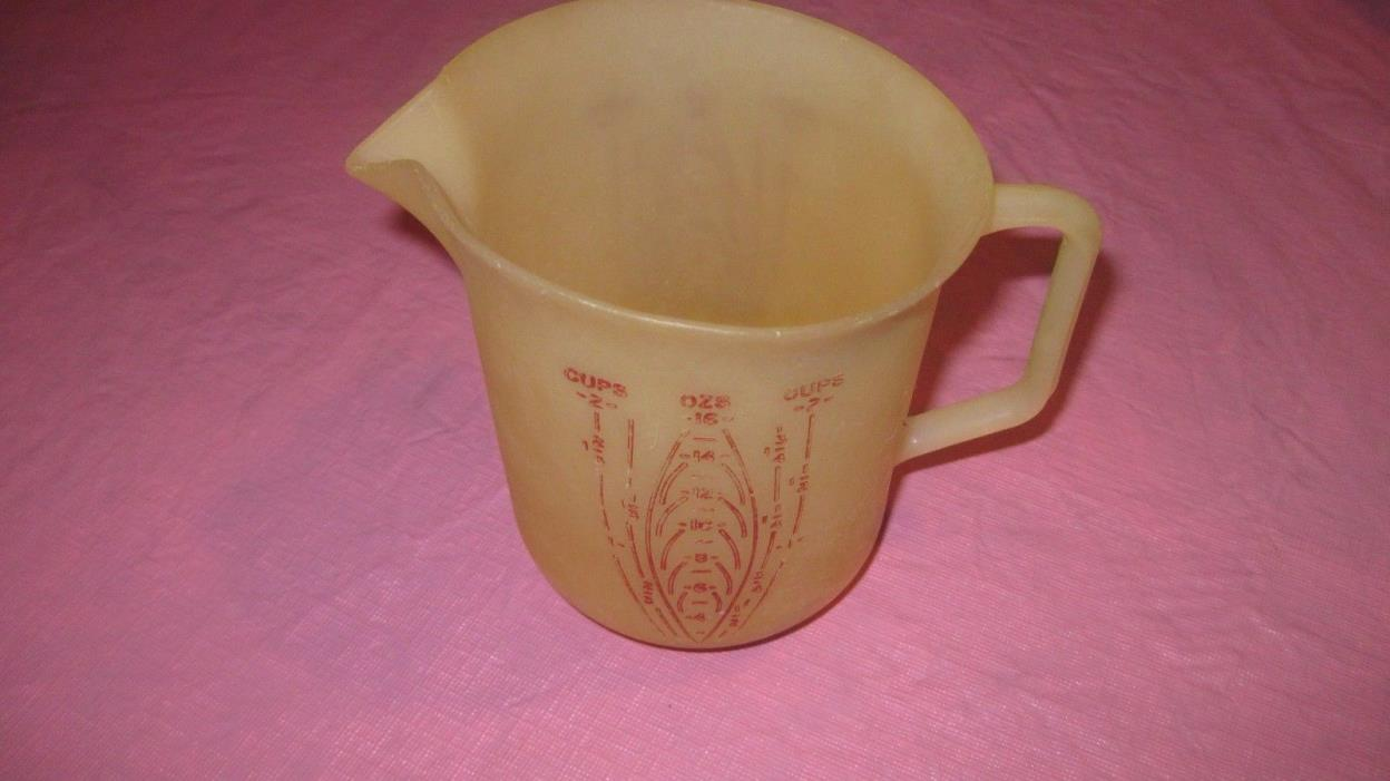 TUPPERWARE #134   Measuring Pitcher 2 cup  Vintage with Red Letters