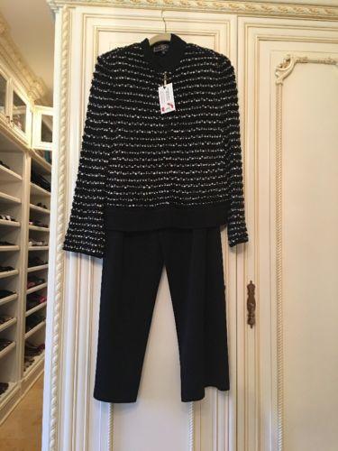 Beautiful St John Sport Black White Pant Suit. Size Small/med. Excellent. Comfy