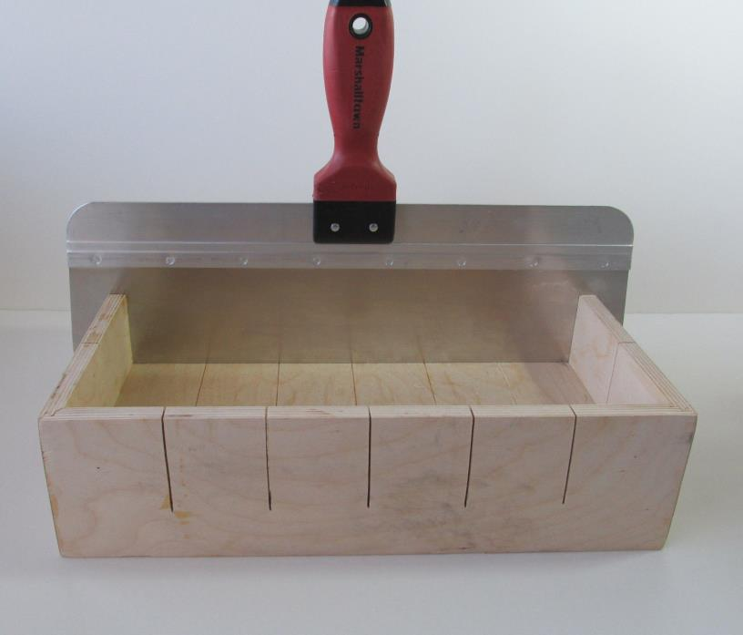 Wood Soap Mold, 4 LB Slab Soap Mold with Soap Cutter & Lid