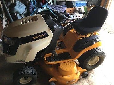 2013 Cub Cadet LTX1050VT Garden Tractors