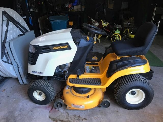 Cub Cadet Ltx 1042 Kw Lawn Tractor : Cub cadet for sale classifieds