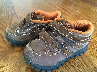 Carters Boys Size 8 Shoes