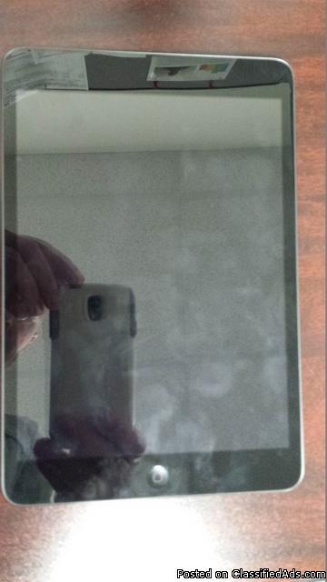 Apple iPad Mini 2 16Gb Tablet W/ Extras   RTR#6102465-01