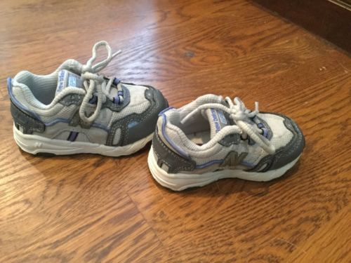 Toddler Boys New Balance Athletic Running Shoes. Size 5 EUC