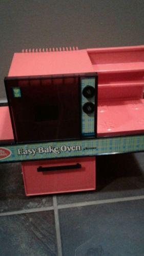 Vintage Easy Bake Oven by Kenner