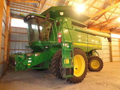 2005 John Deere 9760 STS Combines & Harvesters