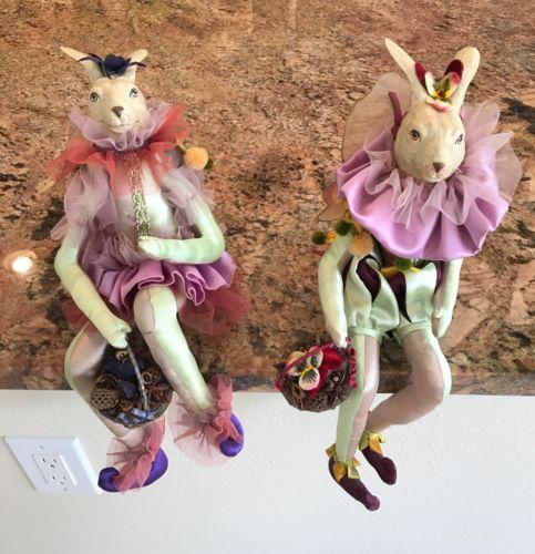 Katherine's Collection - Set Of Two Wayne Kleski Jester Rabbits