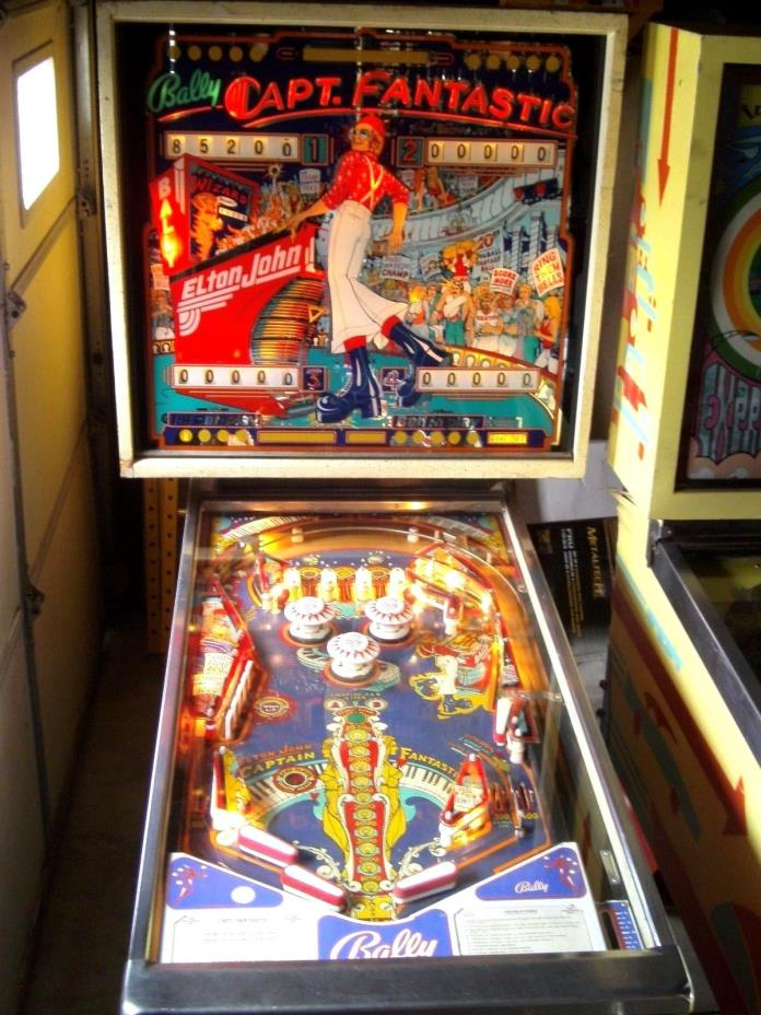 NICE CAPT Captain Fantastic Elton John Pinball Machine By Bally 1976 TOMMY WO
