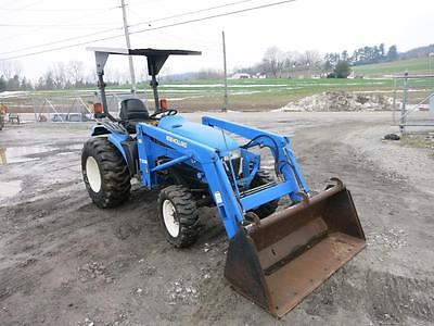 2002 NEW HOLLAND TC33, LOADER, 4X4, HYDRO, 33 HP DIESEL, 540 PTO, 968 HOURS