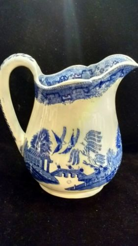 Rare Blue Willow Old Hall E'Ware Co. England  7 1/2