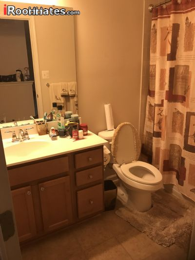 $900 Three room for rent in Capitol Heights