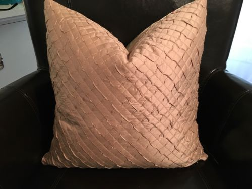 STROHEIM REVERSIBLE SILK FLORAL/QUILTED PINK SMALL Pillow