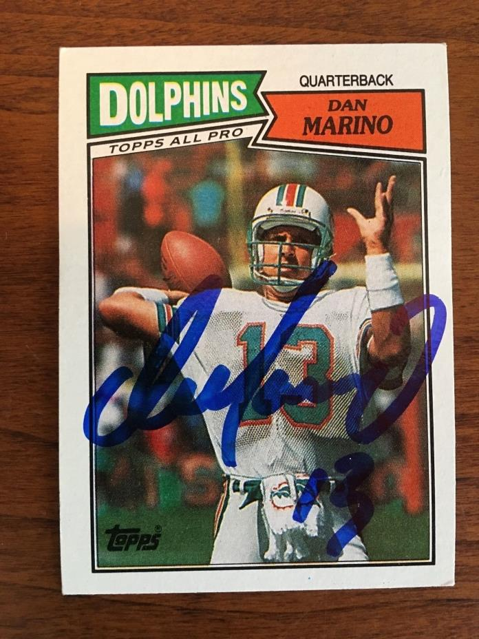 Dan Marino Miami Dolphins Hand Signed Autographed 1987 Topps 233 Football Card