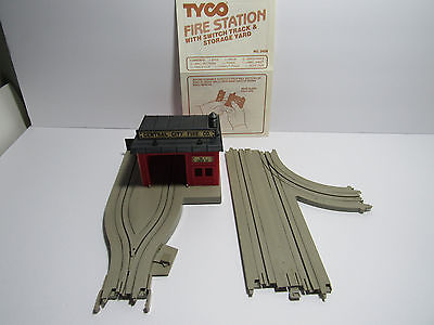 VINTAGE  TYCO  US-1 ELECTRIC TRUCKING # 3456 FIRE STATION  NICE CONDITION