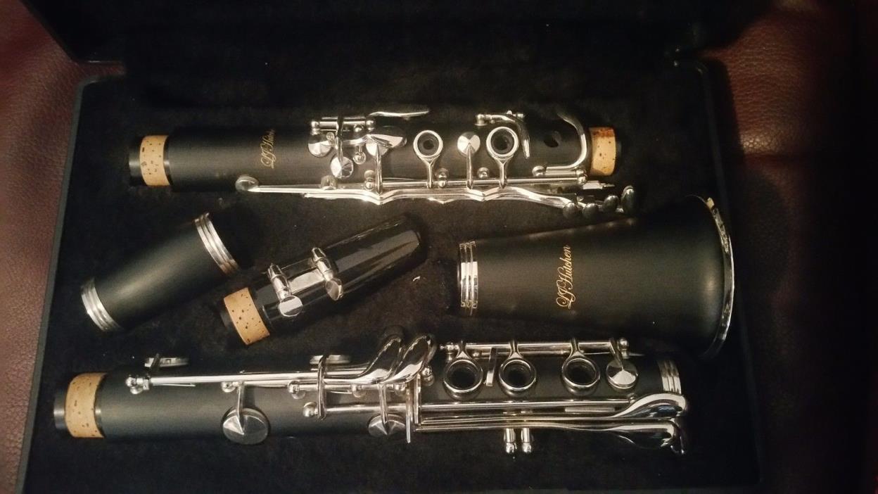 LJ Hutchen B flat clarinet