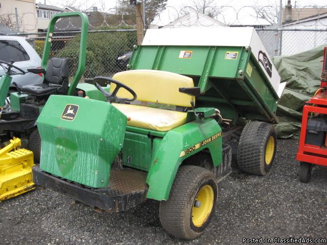 1800 John Deere Gator with Dump Bed